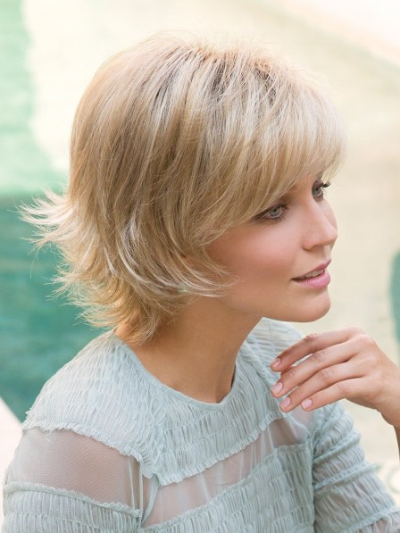 Short layered Synthetic Blonde Wig