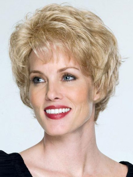 Short Wavy Synthetic Wig With Bangs