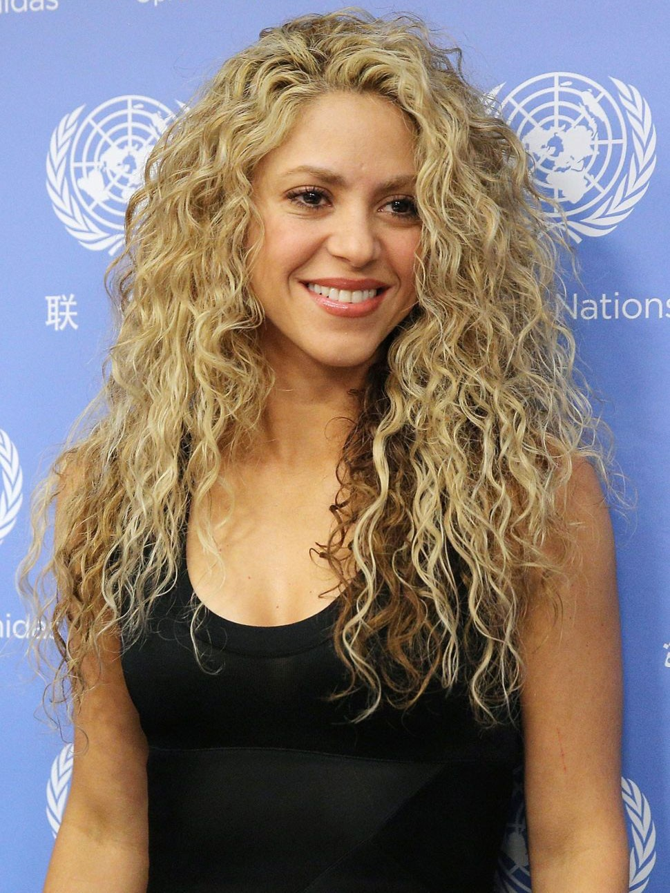Shakira Long Blonde Loose Wave Synthetic Hair Lace Front