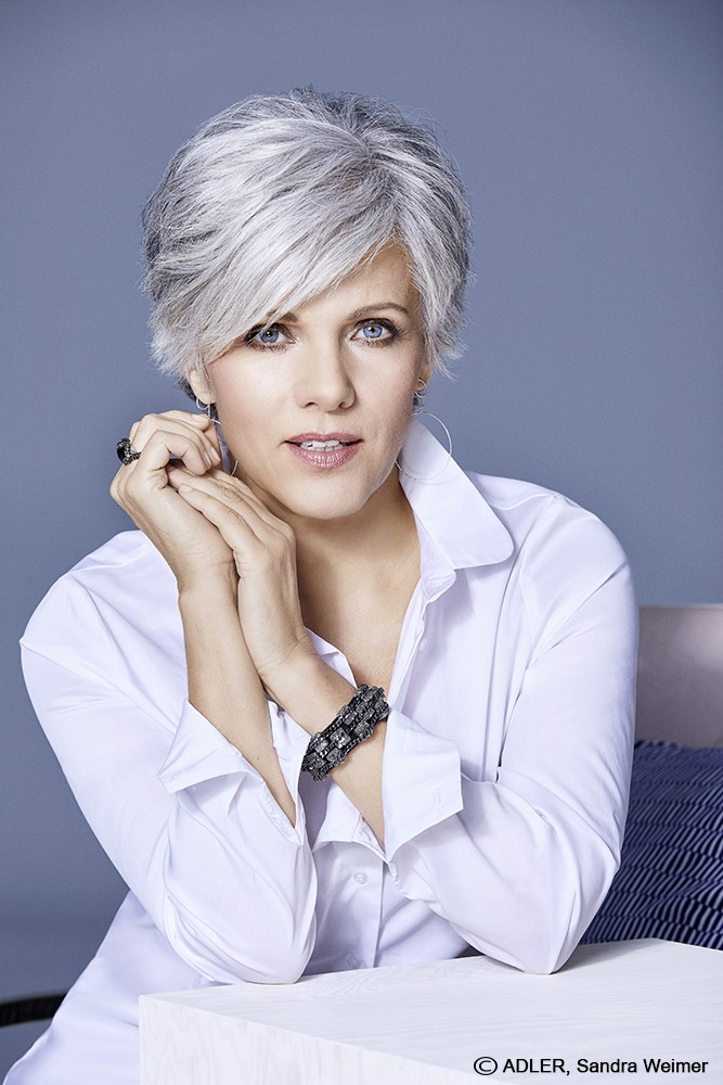 Short Lace Front Straight Grey Hair Wigs For Women Over 50